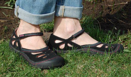Jambu Shoes Plantar Fasciitis