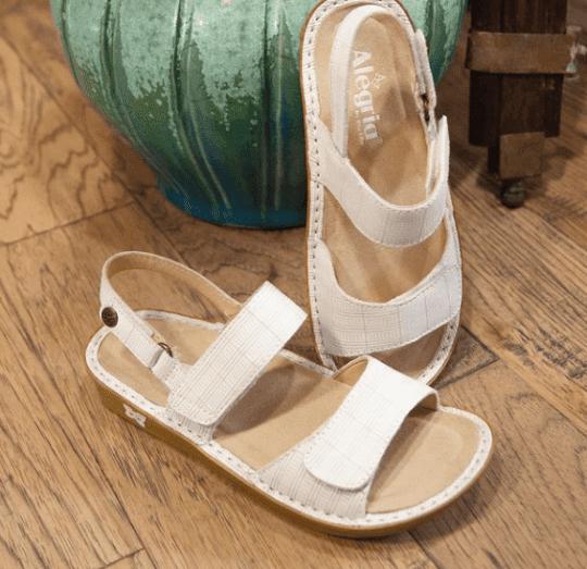 hallux rigidus sandals