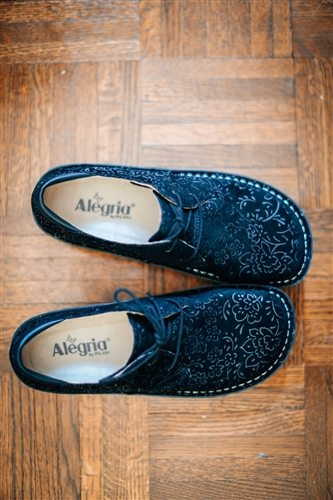 Alegria Shoes The Bree Oxford And Essence Sneaker Marked