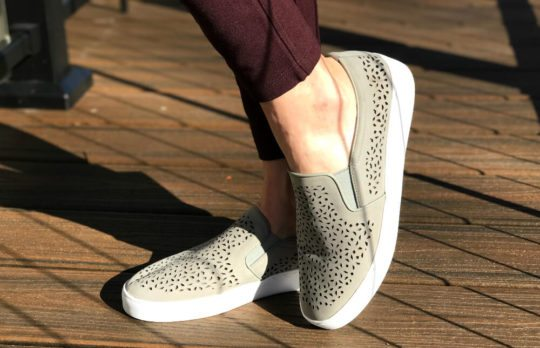Vionic Midi Perforated Leather Slip-On Sneakers 6efLdDCZi