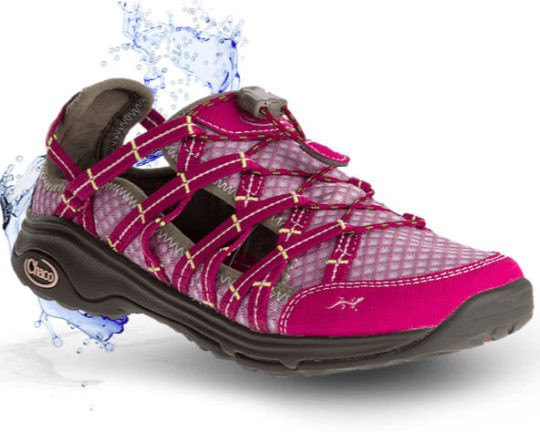 Water Shoes for Women: Chaco Outcross