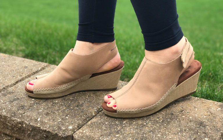 Womens sandals reviews - Big Feet Rejoice In Walking Cradles Anikka Sandal Review