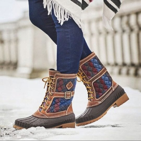 9 Sensational Snow Boots Surround Feet in Comfort and Warmth