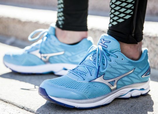 Workout Shoes: Mizuno Wave Rider 20 for Supination