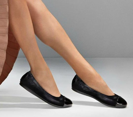 Comfortable Flats for Wide Feet/Bunions: Easy Spirit Gessica
