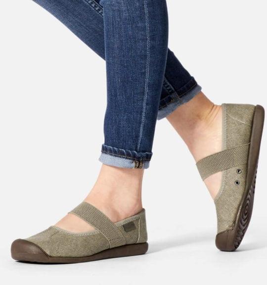 Narrow heels wide forefoot : Keen Sienna MJ