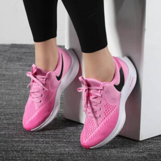 Nike Air Zoom Winflo 6 Review: Stylish Sneakers with Super Support