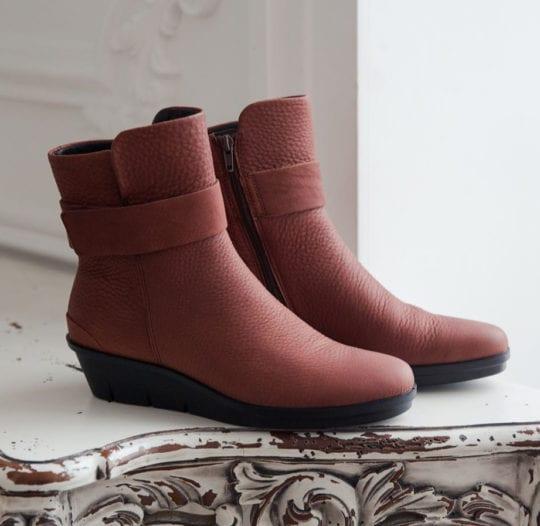 Shoes for Plantar Fasciitis: Ecco Skyler