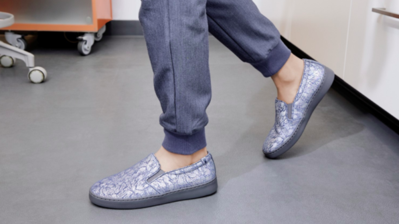 The Best Nursing Shoes for Long Shifts