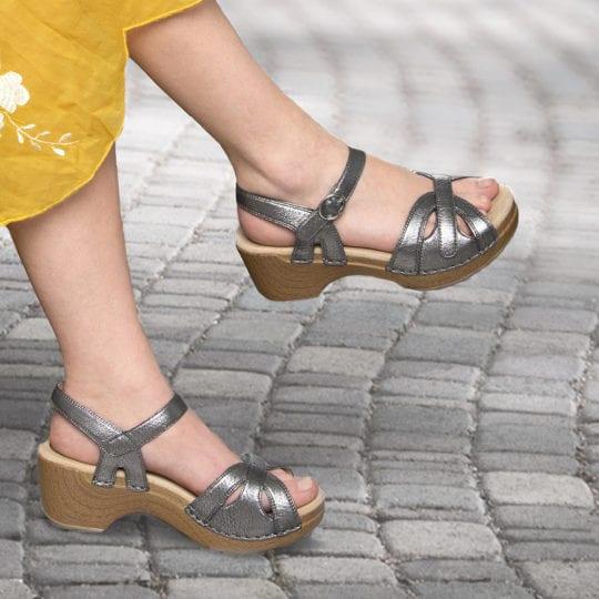Rocker sole shoes : Dansko Season Sandal