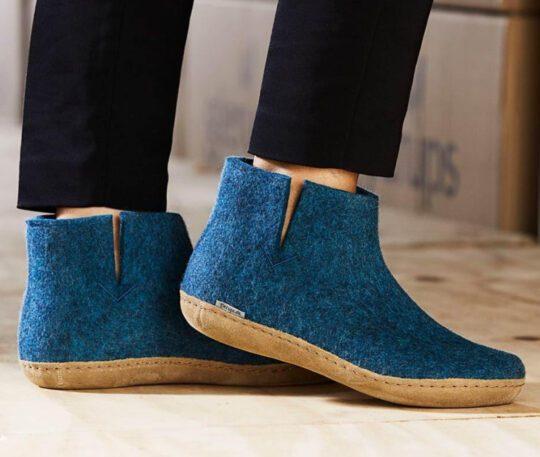 Comfortable slippers -glerups